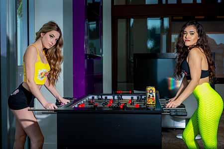 gamer-girl-help-energy-drinks